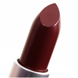 NWOT Rare MAC Heavy Petting Cremesheen Lipstick